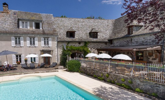 Le Tournesol/Le Clos de Banes - Glampingguide.co.uk