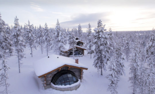 Kakslauttanen Arctic Resort - Glampingguide.co.uk